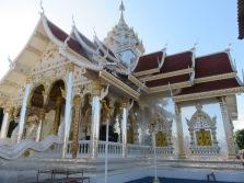 Bejangled temple